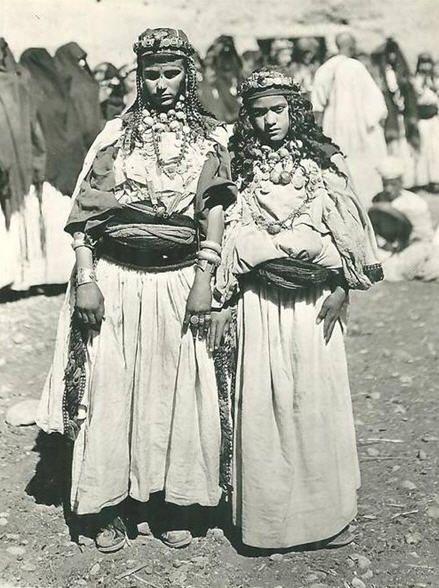 Jeunes femmes de Tagmout.