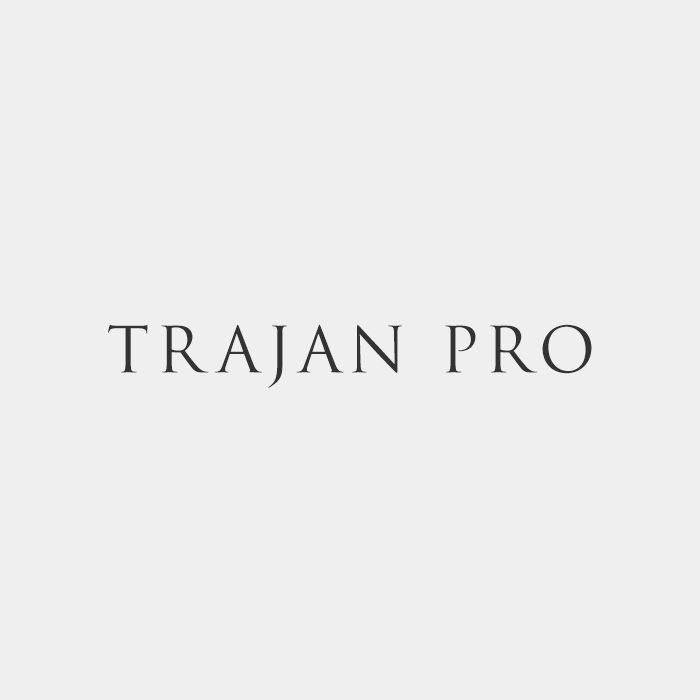 1- Font Trajan Pro semplice, chiaro e raffinato.