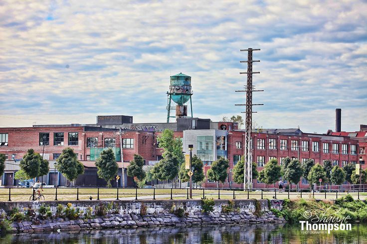 The water tank - lachine canal.