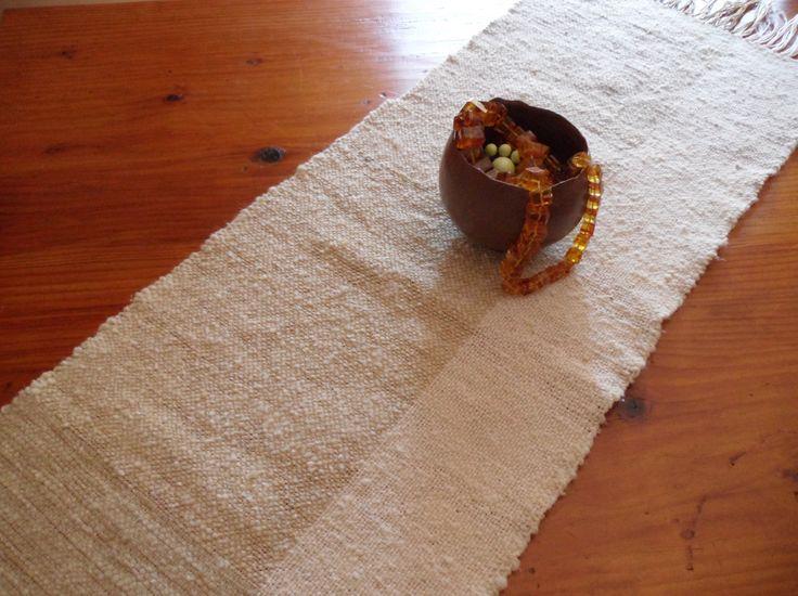 Runner, centro tavolo forma rettangolare tessitura a mano con lana filato a mano…
