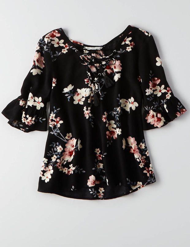 AEO LACE-UP BELL SLEEVE T-SHIRT