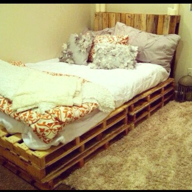 1000 Ideas About Bedroom Frames On Pinterest: 1000+ Ideas About Crate Bed On Pinterest