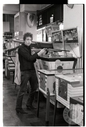 Bob Dylan — 1960sBob Dylan, 1963, from The Columbia Records ArchiveFull serie
