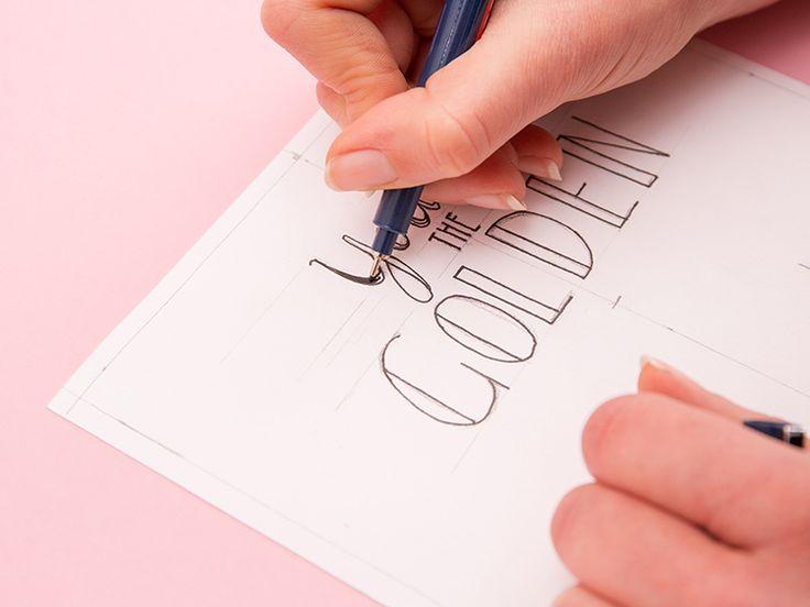 """Tutoriel DIY: Fabriquer un cadre calligraphié - en """"lettering"""" - avec une pièce tricotée via DaWanda.com"""