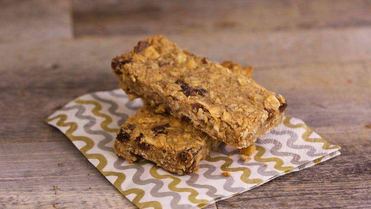 Bob Harper's Cinnamon Raisin Peanut Butter Protein Bars.  Wish I knew how much protein, fiber and kcals!