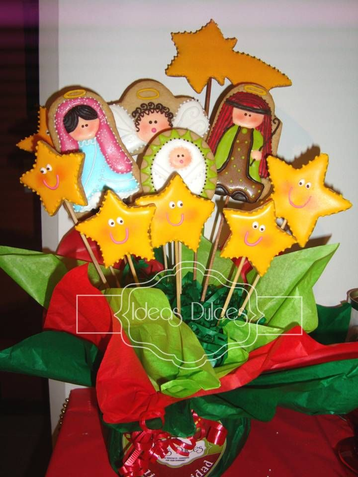 pesebre de galletas decoradas