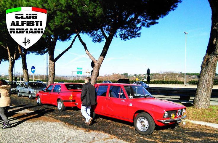 Incontro auto storiche con il Club Alfisti Romani all'area di servizio Settebagni domenica 21-12-2014. @alfaromeoglobal #Alfa #AlfaRomeo #AlfistiRomani https://www.facebook.com/alfistiromani #Alfetta #Alfa75 #Giulietta