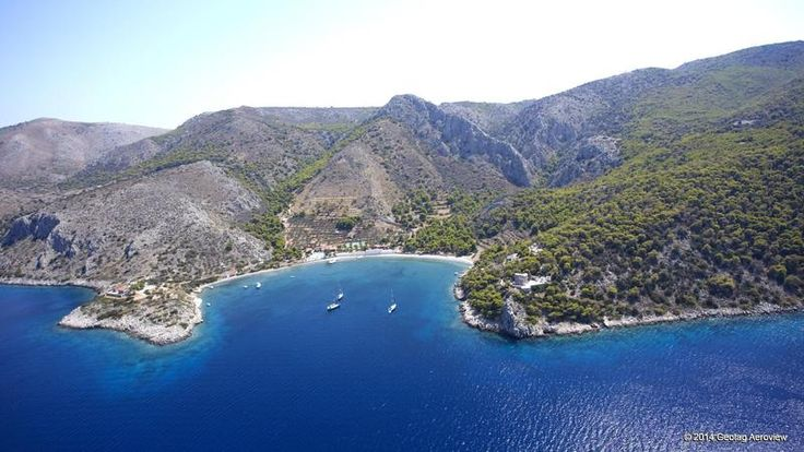 Beautiful Molos a ride away from the port of Athens is located in Hydra. A wonderful bay to swim and relax...