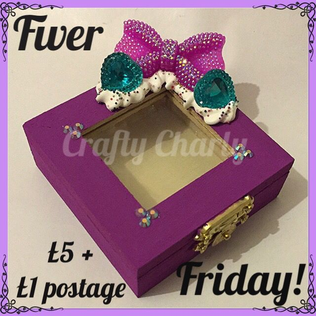 Morning all, it's Friday the 13th, does that get any of you a bit bothered? Not to worry, it's still #fiverfriday! This peekaboo trinket box is today's offer, thought I'd try a new design. It's available from www.fb.com/craftycharly x #trinketbox #decoden #decodendaily #newmakes #craftycharly #fabulousfbpages #craftycafe #CCC #craftstaffroom #purple #gems #whippedcream #handmade #crafts #musthave #craftime