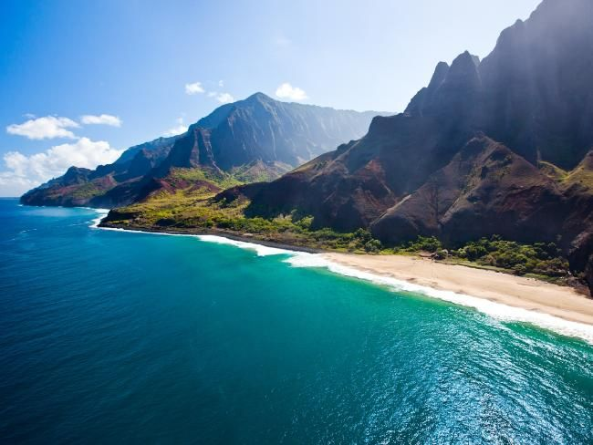 The best way to see Hawaii: You'll see much more of Hawaii on a cruise than you would discover on your own. Cruise on board Norwegian Cruise Line's Pride of America #cruising #cruise #holiday #travel #Hawaii