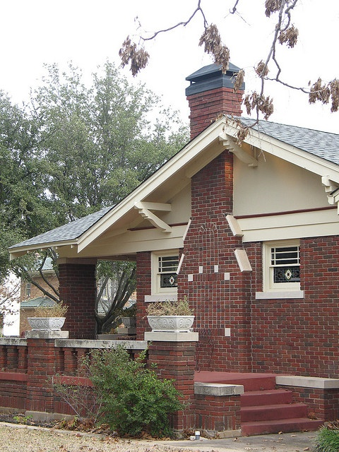 Red Brick Cream Trim Maybe Darker Tan Hardi Find This Pin And More On Craftsman Style Homes