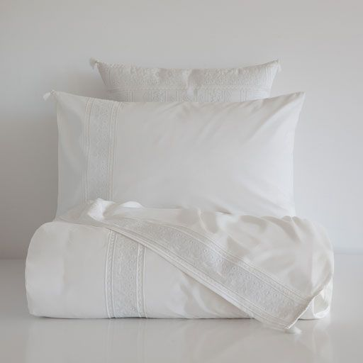 EMBROIDERED EGYPTIAN PERCALE BEDDING   Bed, Zara home, Bed ...