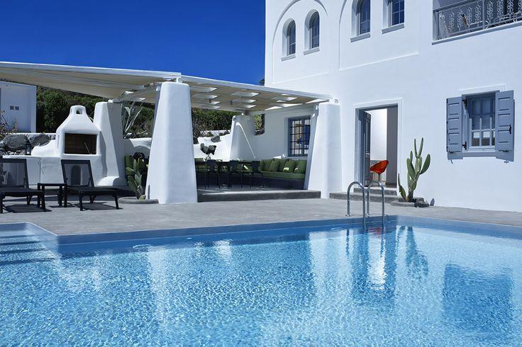 Private Villa Suerte is an amazing Greek villa with pool! 💙