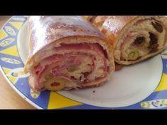 Cómo hacer unos panecillos de hamburguesa en casa fácilmente. Receta completa en http://webosfritos.es/2011/10/panecillos-de-hamburguesas-video-receta