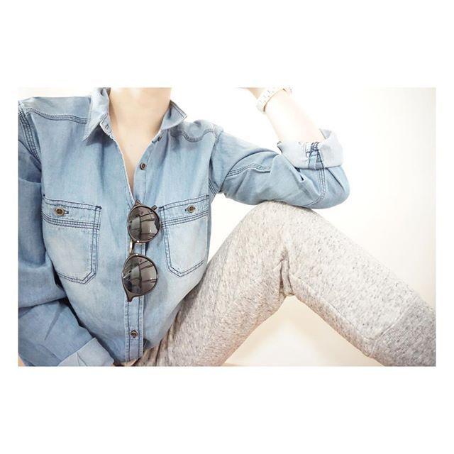 n.e.0214・ sunny day… ・ ・ 暖かかった午前中… ・ 子どもを連れて公園へ♡ ・ スウェットで楽チン公園コーデ… ・ ・ shirt …♡ pants #UNIQLO ・ ・ #fashion#coordinate#outfit#ootd#style#today #ファッション#ママファッション #コーデ#ママコーデ #今日の服#今日のコーデ#公園コーデ #simple#シンプル#シンプルコーデ #シャツ#デニムシャツ#ダンガリーシャツ #スウェット#スウェットパンツ #uniqloginza#uniqlolifewear #ユニクロ#ユニジョ #kurashiru#locari#ママ雑誌SAKURA#スナップミー