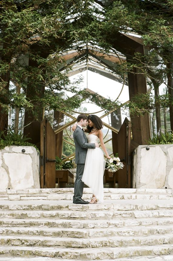 Earthy wedding inspiration at The Wayfare Chapel | Photo by Brian Tropiano Photo | Read more - http://www.100layercake.com/blog/?p=76635