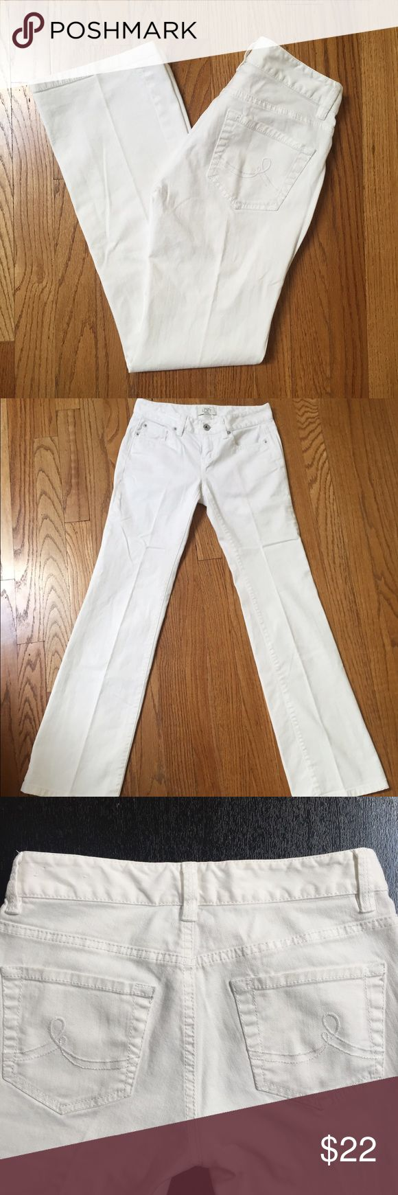 "LOFT petites white bootcut jeans Ann Taylor Loft bootcut jeans in crisp white denim. A great addition to your spring wardrobe. Inseam 28"". In excellent used condition. LOFT Jeans Boot Cut"
