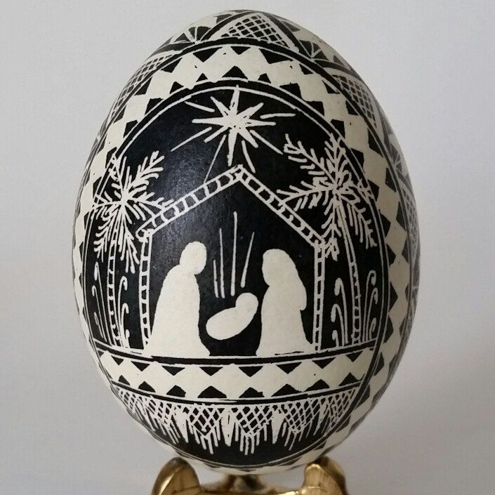 $30 chicken egg nativity. shipping in time for Christmas