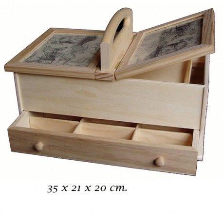 Caja costurero de madera natural o caoba barnizada con dos tapas con cristal transparente y cajón en la parte inferior con divisiones, en Patchwork Losi 35€