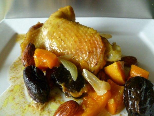 Tajine d'automne poulet, potiron et pruneaux