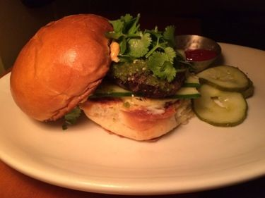 Burger Friday: Blackbird Cafe's happy hour (and Tuesday night) must-eat   Star Tribune
