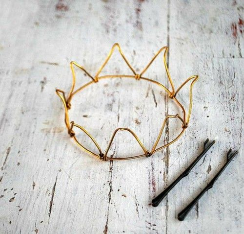 cute idea for a bachelorette: make little crowns for everyone to wear