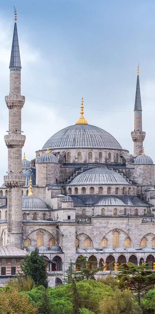 One of the most popular tourist attractions in Istanbul, The Blue Mosque was built in 1609 during the rule of Ahmed I #Istanbul