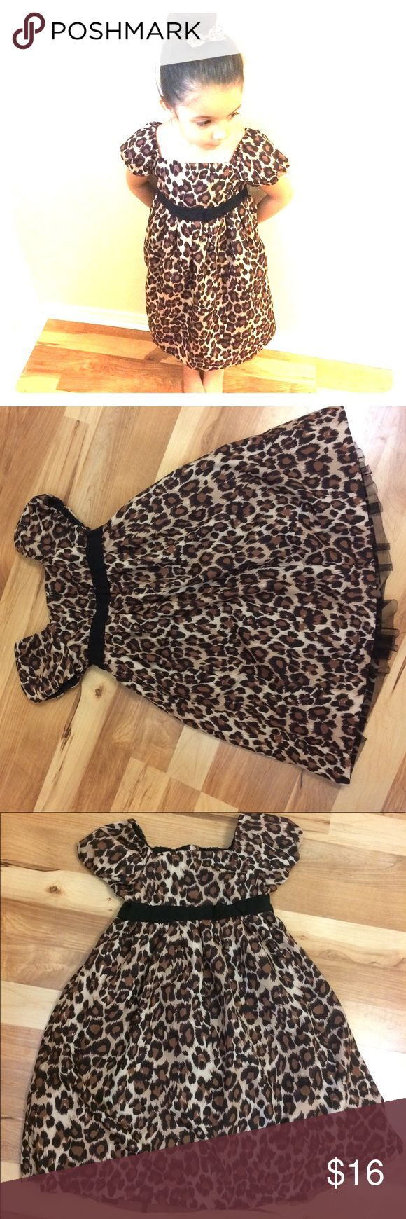 BabyGap leopard / cheetah print dress BabyGap leopard / cheetah print dress. Size 5 years toddler. Has a zipper back with a jewel button. Has a small amount of tulle on the under lining skirt. No stains or rips. GAP Dresses