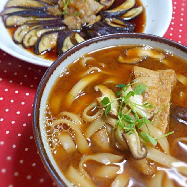 関東は寒かったのでうどん!名古屋の味噌煮込みです。 - 11件のもぐもぐ - 味噌煮込みうどん&茄子のごまポンかけ by danceyuki