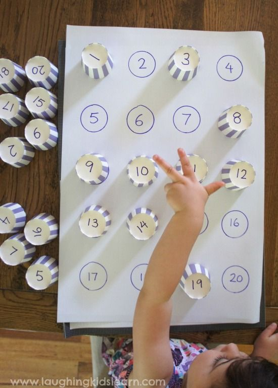 Simple number matching activity for kids using cupcake liners and other basic materials. Great for teaching children numbers to 20 and beyond.
