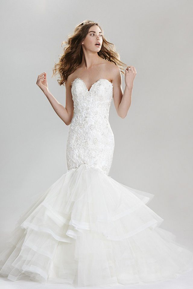 Suknia ślubna Lillian West 6416 2016