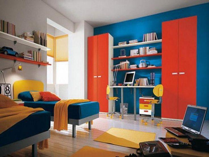 Dormitorio decorado siguiendo un esquema de colores tríada: Amarillo, rojo y azul. Fuente:Norahouse.com