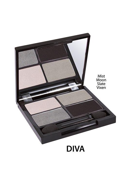Zuii Organic - Poczwórna paleta cieni do powiek - Diva [Stalowe] Intensywnie napigmentowane, naturalne cienie do powiek Zuii Organic, nie tylko idealnie podkreślają barwę oka, ale także odżywiają i nie przesuszają powiek.