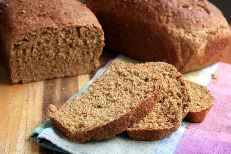 Molasses Brown Bread, a sweet and chewy oatmeal brown bread richly flavoured with molasses. Easy to make, this is a good bread for beginners with yeast.