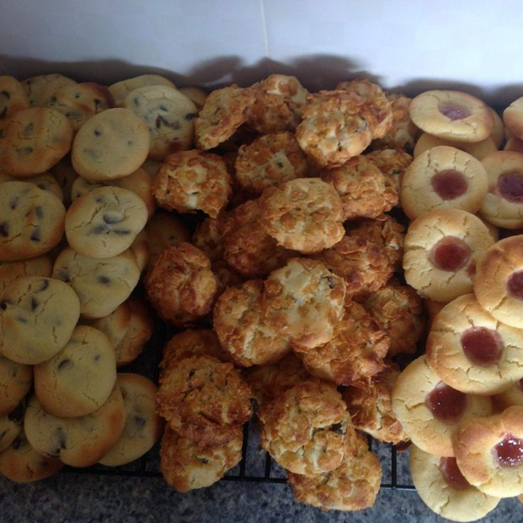 Recipe 100 Biscuits - known in our family as 'Aunty Jenny's Biscuits' by iThermo - Recipe of category Baking - sweet