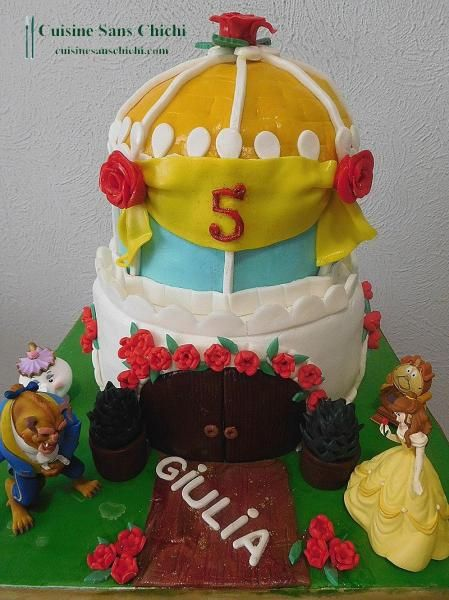 Gâteau  Le château de La Belle et la Bête pour les 5 ans de ma petite fille Giulia.