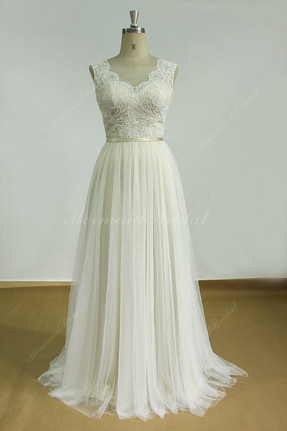 Hey, I found this really awesome Etsy listing at https://www.etsy.com/pt/listing/250490456/romantic-ivory-backless-tulle-lace