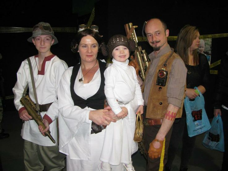 star wars family, cosplay, steampunk princess leia, han solo, baby leia, luke, Hanley Soloway Sutlers #weaponsofbrassdestruction