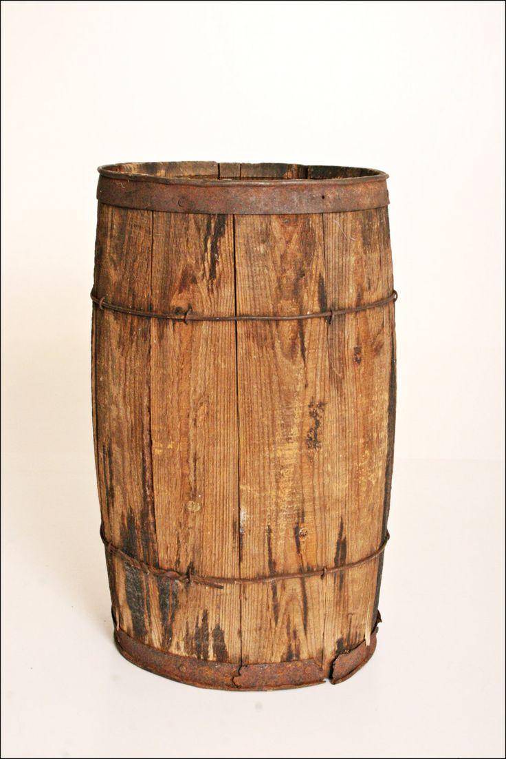 Vtg Wood Nail Keg Barrel Country Primitive Wooden