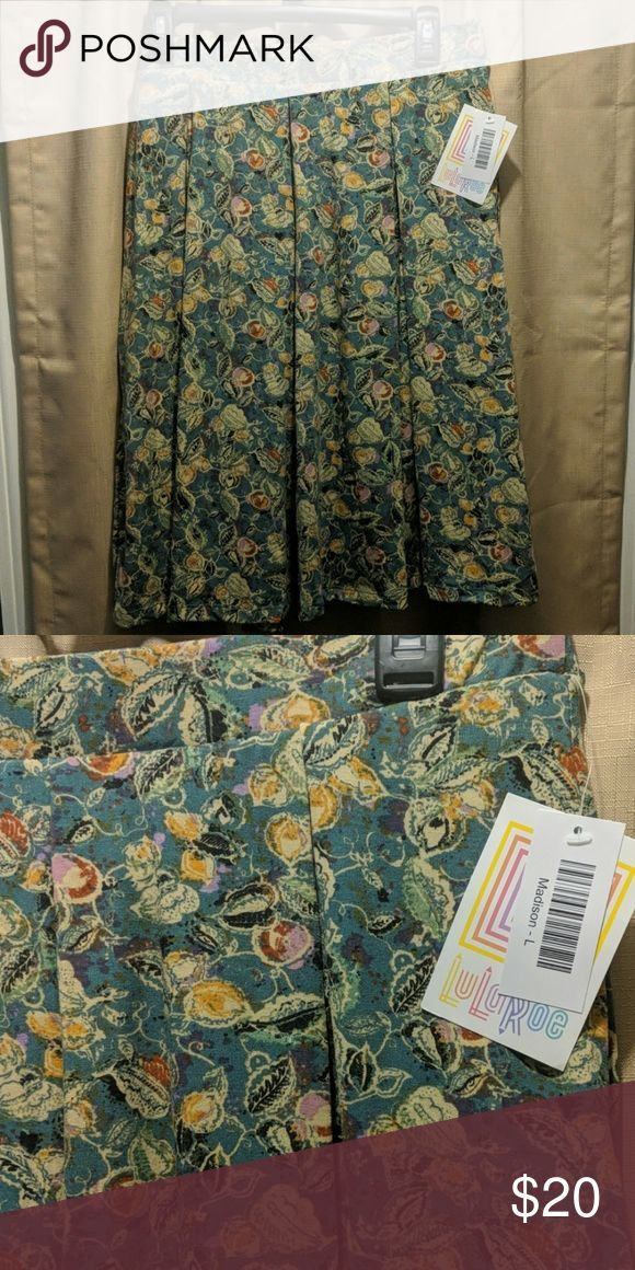 Lularoe madison skirt with pockets! The Lularoe skirt with pockets!!!    Check o…