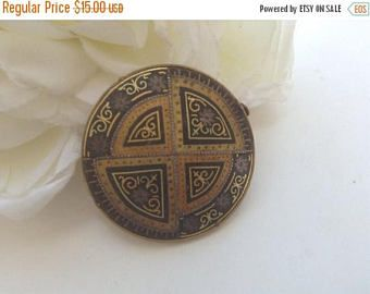 ON SALE Damascene Circle Pin/Brooch 60s Geometric Byzantine Style Gold Inlay Trombone Clasp Inlaid Black  Goldtone Lapel Gift