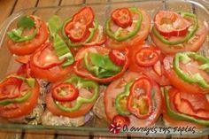 Χοιρινές μπριζόλες με πιπεριές, ντομάτες και κρεμμύδια για σούπερ γεύση!