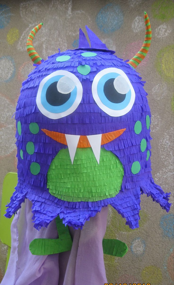 Monster 1 pinata