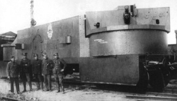 "Artillery wagon of tehe armored train ""Grozny""."