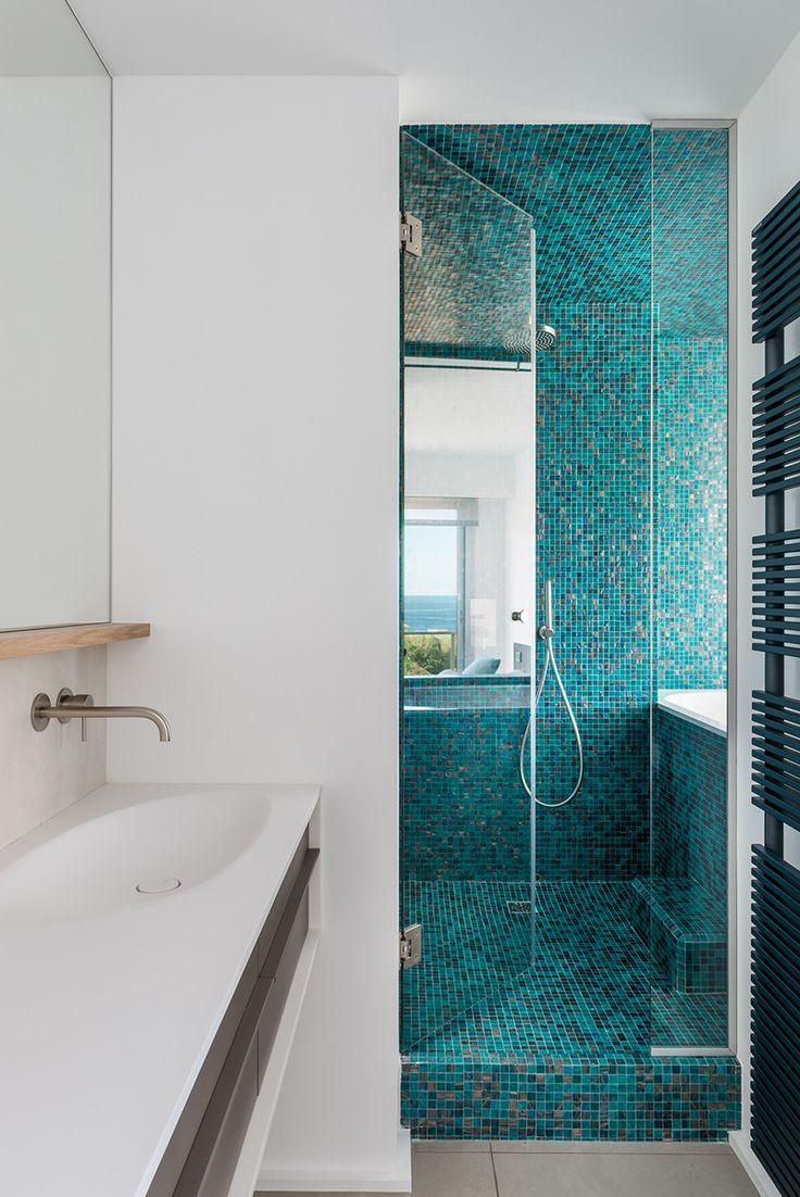 mosaïque bleu turquoise  Diseño de baños, Baños pequeños, Baños