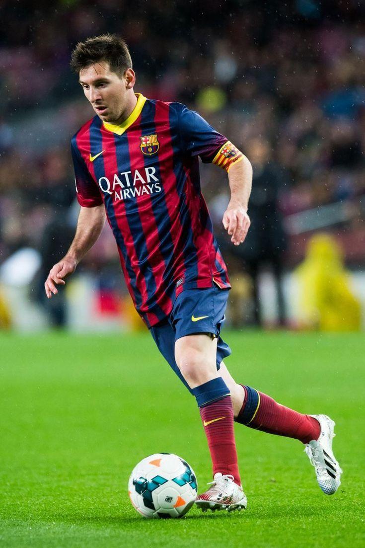 5 Fantastic Videos of Soccer Superstar Lionel Messi: Majestic Messi