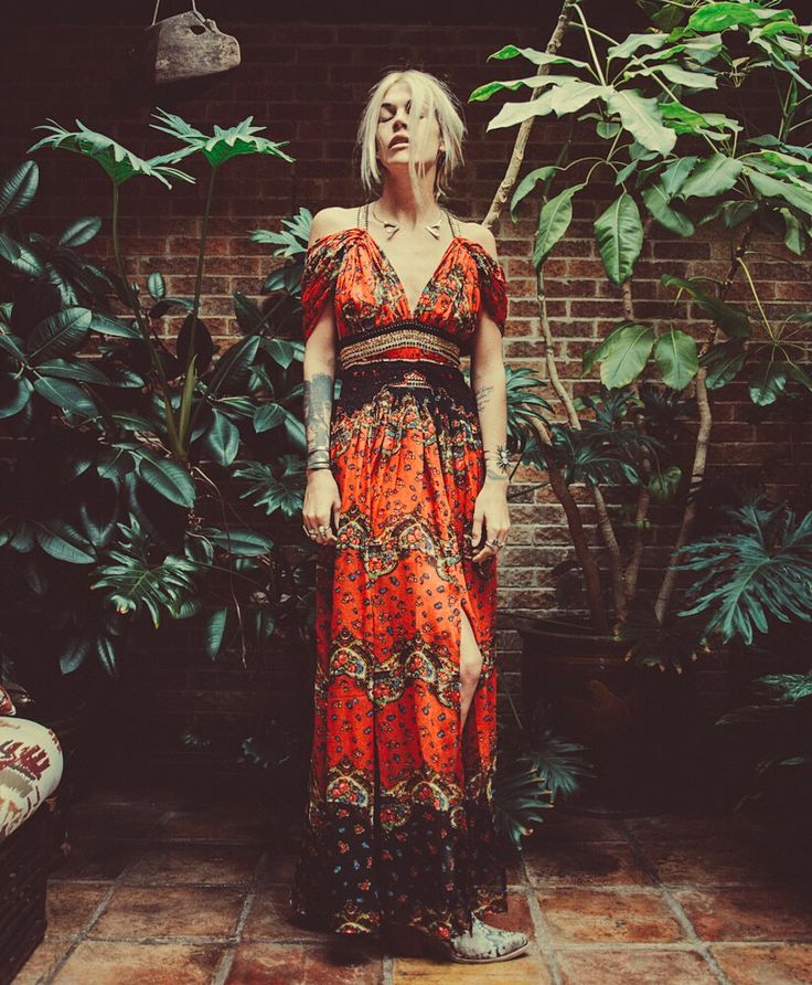Sexy burnt orange bohemian maxi dress. Great cut across the shoulders. Stunning pattern.