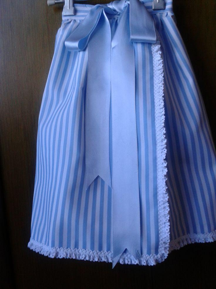 Faldón de cintura en piqué azul e branco
