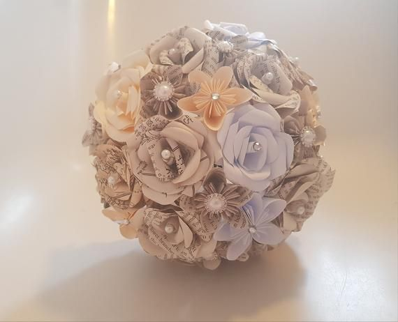The Hobbit bridal bouquet, LOTR paper flowers, fantasy wedding flowers, Geek wedding, Natural wedding flowers