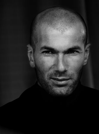 Zinedine Zidane  was one and will always be one of my favorites!!!!